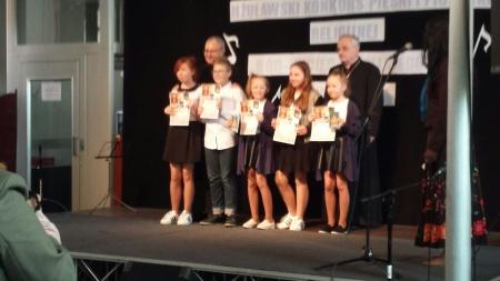 II miejsce zespołu ,,Dziewiąteczki'' w konkursie Pieśni Religijnej