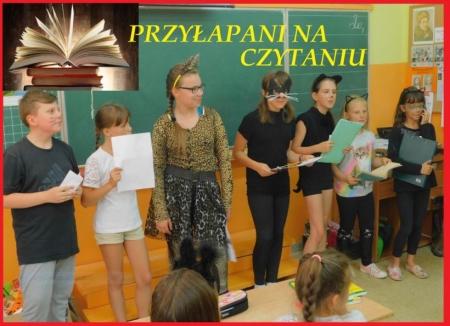 ,,Przyłapani na czytaniu'' w szkole