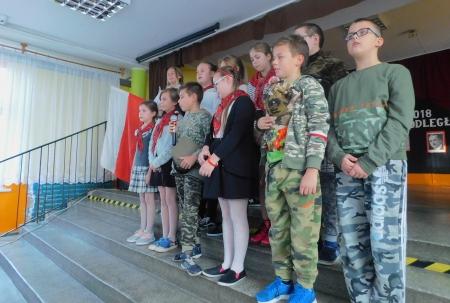 Szkolny konkurs pieśni patriotycznej dla klas IV-VIII