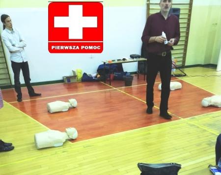 Szkolenie nauczycieli i personelu szkoły z zakresu pierwszej pomocy przedmedycz