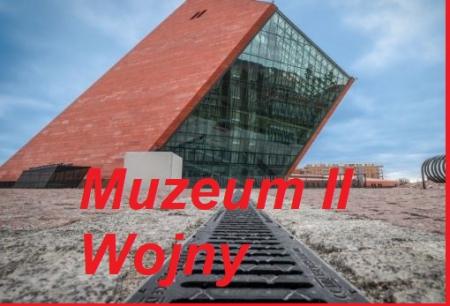 Wyprawa klasy VIII a do Muzeum II Wojny Światowej