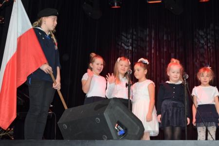 Zespoły ,,Dziewiąteczki'' i ,,Canto'' wystąpiły na Festiwalu Piosenki Ułań