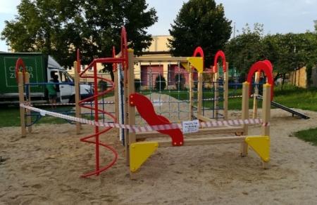 Nowy plac zabaw, tzw. Street Workout Park